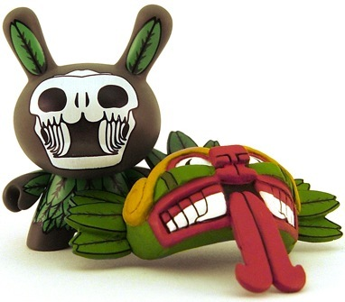 Quetzalcoatl-the_beast_brothers-dunny-kidrobot-trampt-2265m