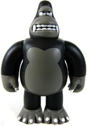 Mini_king_ken_-_black-james_jarvis-king_ken-strangeco-trampt-2776m