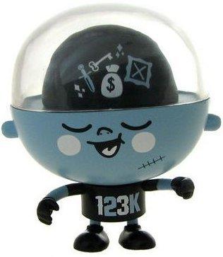 Rolitoboy_mini_-_123klan-123klan-rolitoboy-toy2r-trampt-3057m