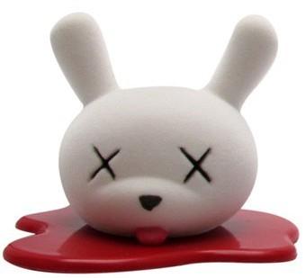 Blood_and_fuzz-luke_chueh-dunny-kidrobot-trampt-3490m