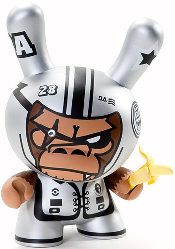 Da_space_warrior-tim_tsui-dunny-kidrobot-trampt-3809m