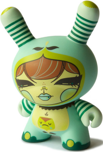 Julie_west-dunny-kidrobot-trampt-4533m