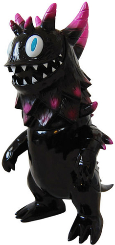 Rangeas_-_black__pink-tim_biskup_t9g-rangeas-intheyellow-trampt-5639m