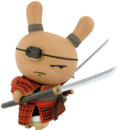 Shogun_-_red-huck_gee-dunny-kidrobot-trampt-8007m