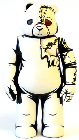 Skin_deep_mecha_sad_bear-jon-paul_kaiser-mecha_sad_bear-trampt-8470m
