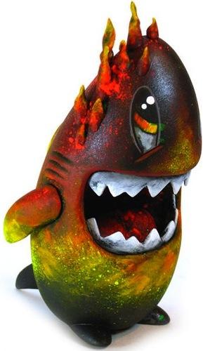 Honoo_shark-leecifer-sharky-trampt-8702m