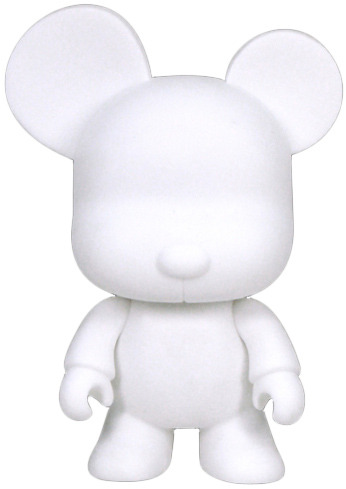 Mini_bear_qee_-_whitediy-toy2r-mini_bear_qee-toy2r-trampt-9112m