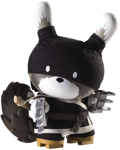 Raku_night_-_black-huck_gee-dunny-kidrobot-trampt-9204m