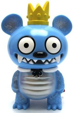 Bossy_bear_kaiju_-_blue__oo-david_horvath-bossy_bear_kaiju-toy2r-trampt-9503m