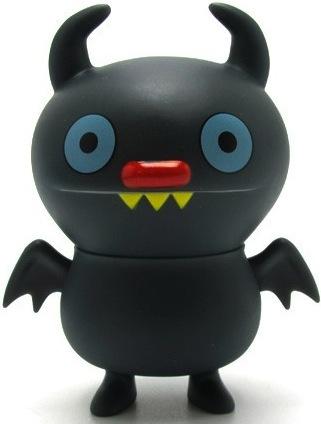 Ninja_batty_shogun_-_black-david_horvath_sun-min_kim-uglydoll-pretty_ugly_llc-trampt-10181m