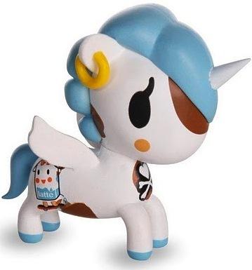 Mooka-tokidoki_simone_legno-unicornos-tokidoki-trampt-13480m