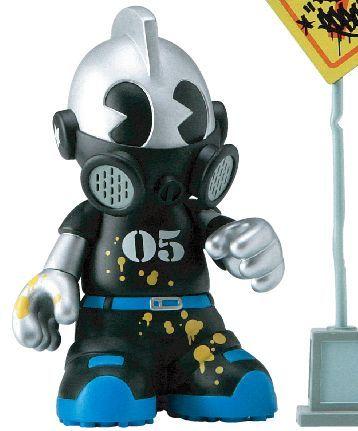 Kidbomber_shinjuku_-_kidrobot_05-tristan_eaton-kidrobot_mascot-kidrobot-trampt-13682m