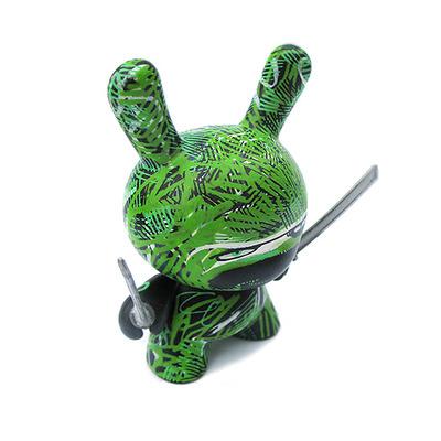 Grass_ninja-rundmb_david_bishop-dunny-kidrobot-trampt-14058m