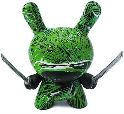 Grass_ninja-rundmb_david_bishop-dunny-kidrobot-trampt-14059m