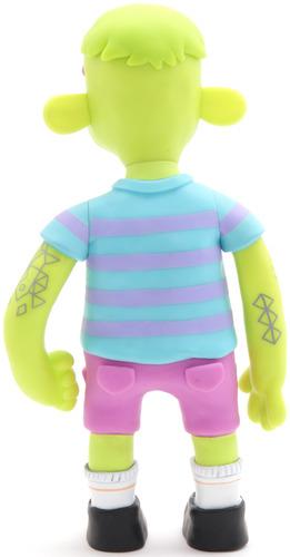 Cody_-_green-jon_knox-cody-extended_playz-trampt-15260m