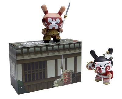 Kabuki__kitsune_-_red_set-huck_gee-dunny-kidrobot-trampt-15270m