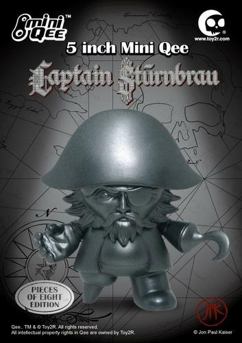 Captain_sturnbrau_-_pieces_of_eight-jon-paul_kaiser-mini_monqee_qee-toy2r-trampt-15274m