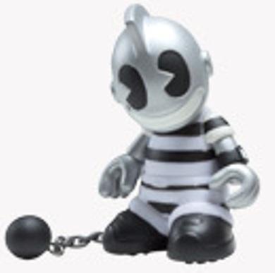 Kidprisoner-kidrobot-bots-kidrobot-trampt-15630m