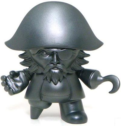 Captain_sturnbrau_-_pieces_of_eight-jon-paul_kaiser-mini_monqee_qee-toy2r-trampt-15704m