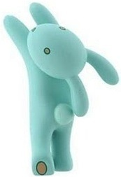Blue_bunny-tara_mcpherson-gamma_mutant_space_friends-kidrobot-trampt-17568m
