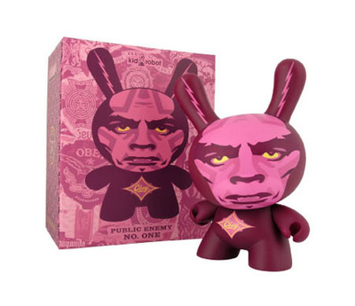 Obey_giant_dunny-shepard_fairey-dunny-kidrobot-trampt-19088m