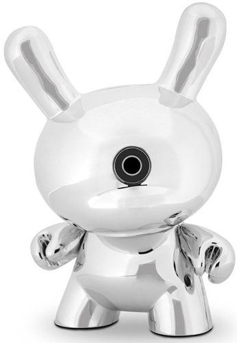 Kidrobot_x_skullcandy_jacked-up_dunny-kidrobot-dunny-kidrobot-trampt-19112m