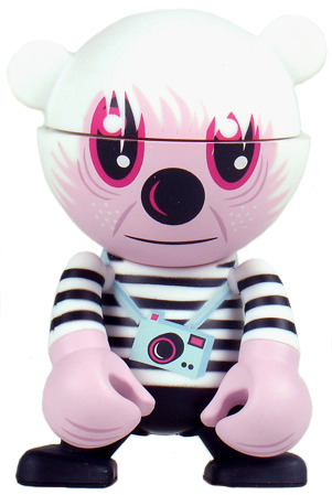 Mystery_figurine_andy_the_ghost-jeremyville-trexi_-_monkey-play_imaginative-trampt-21529m