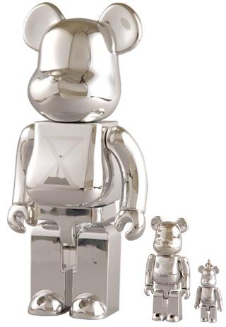 Staple_10th_anniversary_-_50_100__400_set-staple_design_jeff_staple-berbrick-medicom_toy-trampt-21726m