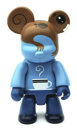 Qt_qee_bear-lunartik_matt_jones-bear_qee-toy2r-trampt-22742m