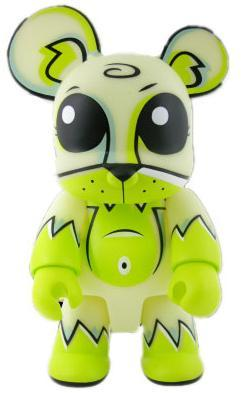Toxic_swamp_bear_qee_-_gid_8-joe_ledbetter-bear_qee-toy2r-trampt-24543m
