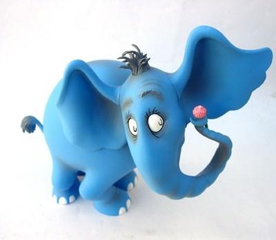 Horton_blue-dr_suess-horton_hears_a_who-super_rad_toys-trampt-25222m