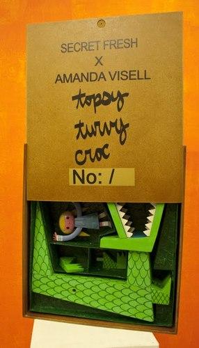 Topsy_turvy_croc-amanda_visell-topsy_turvy_croc-secret_fresh-trampt-25855m