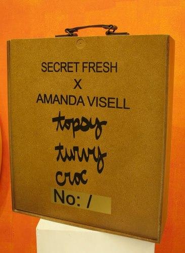 Topsy_turvy_croc-amanda_visell-topsy_turvy_croc-secret_fresh-trampt-25856m