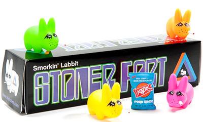 Green_stoner_labbit-frank_kozik-labbit-kidrobot-trampt-26582m