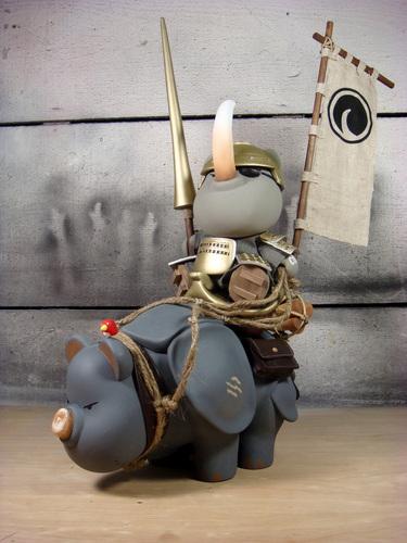 The_rhino_poacher-huck_gee-munny_and_original_sculpt-self-produced-trampt-28339m