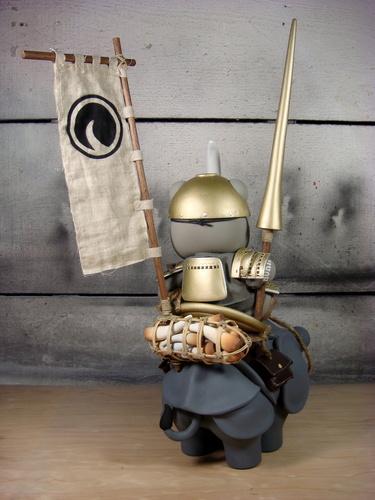 The_rhino_poacher-huck_gee-munny_and_original_sculpt-self-produced-trampt-28340m