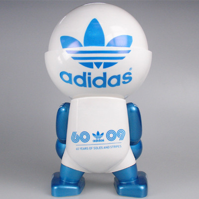 Adidas_60th_anniversary_trexi-play_imaginative-trexi_-_round-play_imaginative-trampt-29248m