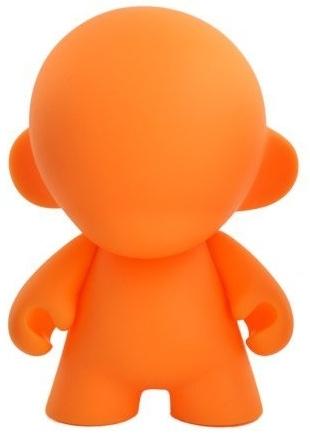 Mini_munny_4_-_orange-paul_budnitz_tristan_eaton-munny-kidrobot-trampt-29528m