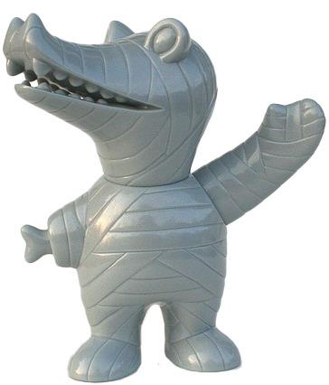 Mummy_gator_-_grey_glitter_florida_s7-brian_flynn-mummy_gator-super7-trampt-31242m