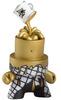 Cover_the_cap_-_gold-sket-one-fatcap-kidrobot-trampt-31994t