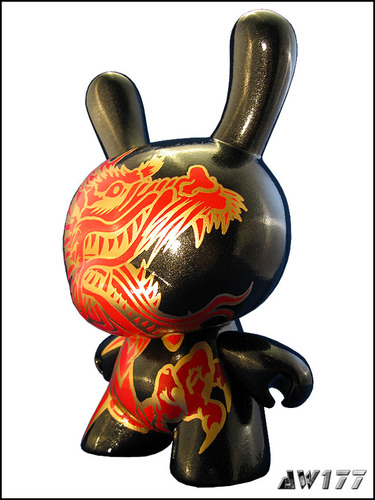 Year_of_the_dragon_2012-aw177-dunny-trampt-32431m