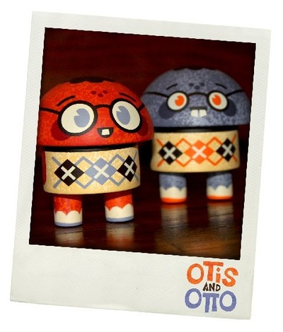 Otis_and_otto_purple__orange-scott_tolleson-otis_and_otto-self-produced-trampt-32603m