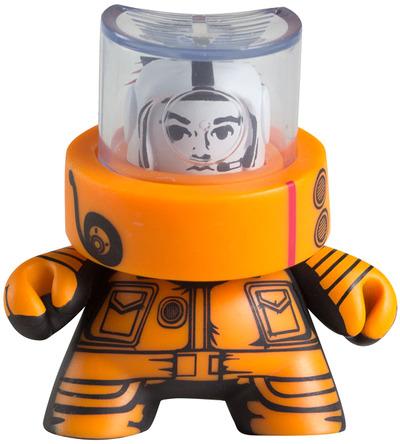 Astronaut-jon-paul_kaiser-fatcap-kidrobot-trampt-33173m