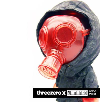 Invisible_mask_-_sdcc_2008-ferg_jamungo_threezero-bud_blow_up_dolls-jamungo-trampt-33180m
