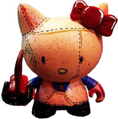 Hello_kitty_chainsaw_massacre-legion-munny-trampt-33381m
