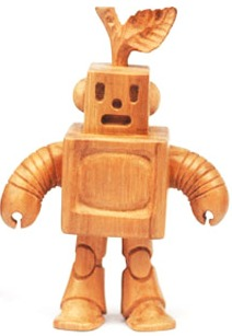 Wooden_robot_prototype-leighton_kelly-wooden_robot-blamo_toys-trampt-34453m