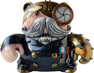 Sir_hillary_pine-coffin-doktor_a-teddy_troops-trampt-34713m