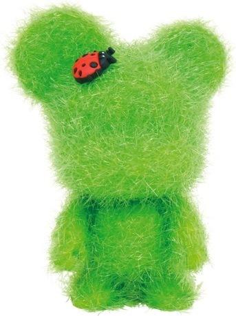 Love_bear_-_green-toy2r-mini_bear_qee-toy2r-trampt-34830m