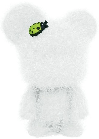 Love_bear_-_white-toy2r-mini_bear_qee-toy2r-trampt-34831m