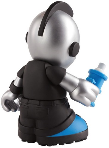 Kidroyale-kidrobot-kidrobot_mascot-kidrobot-trampt-35342m